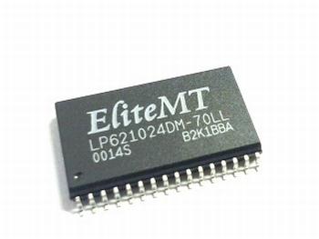621024DM-70LL -128K X 8 BIT SRAM