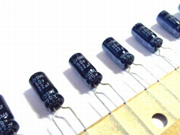 10 x electrolytic capacitors 22uf - 50 volts
