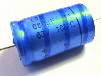 ELCO 680uF - 63 volt axiaal