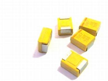 SMD Tantal capacitor 680uf 6,3V