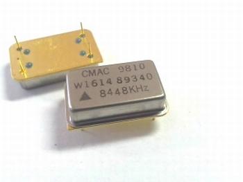 Quartz kristal oscillator 8,448 mhz