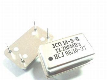 Quartz kristal oscillator 12,288 mhz
