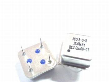 Quartz crystal oscillator 16 mhz square