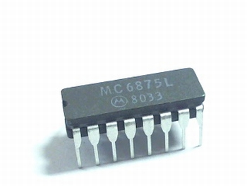 MC6875L CPU SYSTEM CLOCK GENERATOR