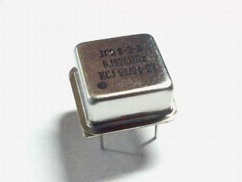 Quartz kristal oscillator 8,192 mhz vierkant