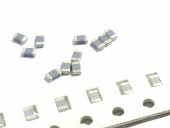 SMD keramische condensatoren 0805 - 2,7pF 10 stuks!