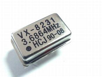 Quartz kristal oscillator 3,6864 mhz
