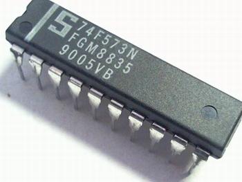 74FCT573 Octal latch DIP20