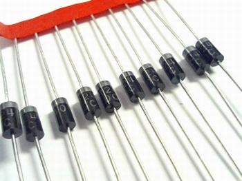 SR240 Schottky diode 40V 1A