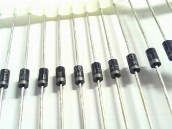 HER308 diode 700V 3A