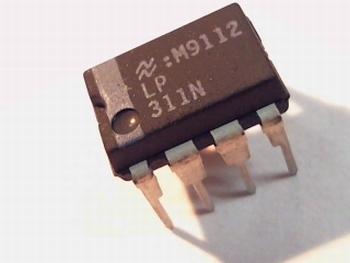 LP311N comperator DIP8