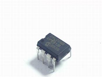 24LC08B serial eeprom