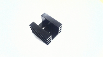 Koelelement TO220 model U met koelribben zwart