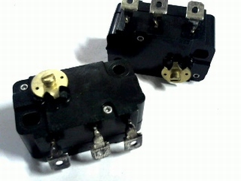 Microswitch with turn switch at the side