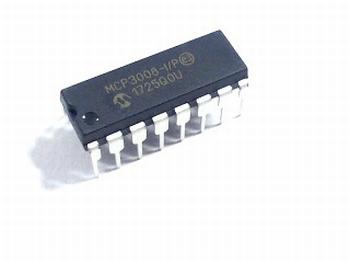 MCP3008-I/P A/D converter DIP16