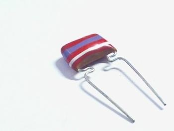 MKT capacitor 2,7 nF 250V