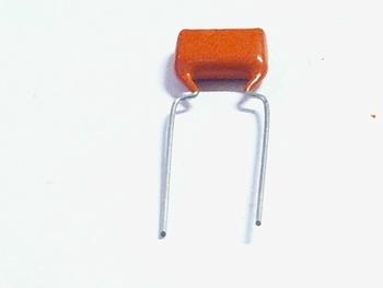 MKT capacitor 82 nF 250V
