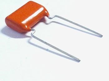MKT capacitor 820 nF 100V