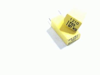 Styroflex condensator 1.21nf 2% radiaal