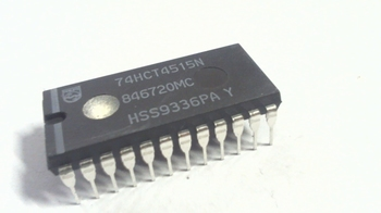 74HCT4515 4/1-of-16 Decoder/Demultiplexer with Input Latches