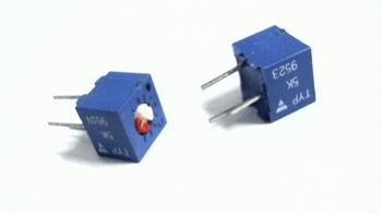 High precision potmeter 5K ohms square adjust on top