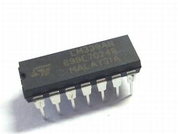 LM339 Comparator DIP