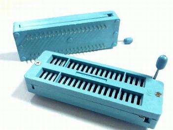 Universele ZIF socket geschikt voor ieder IC tot 40 pins