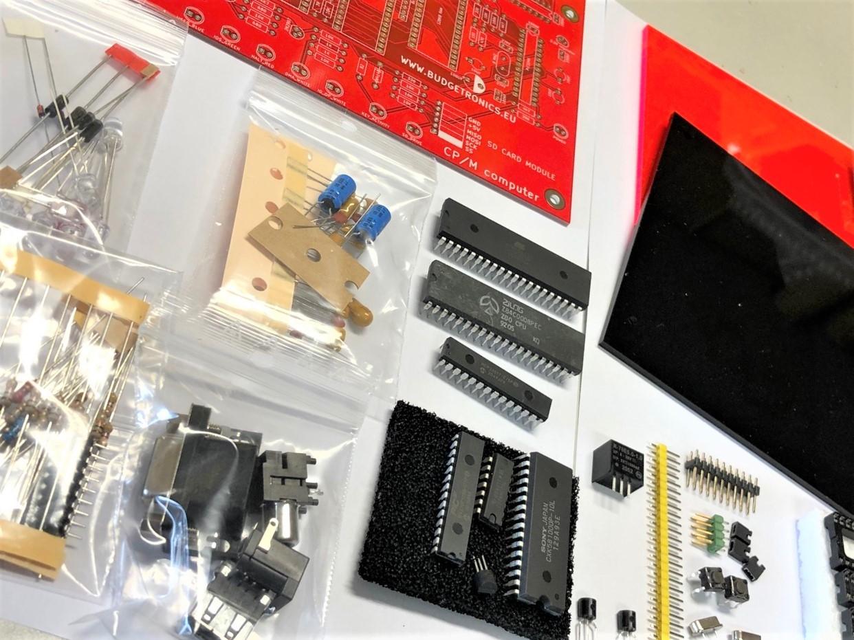 CP/M computer bouwkit met SD drive en VGA output