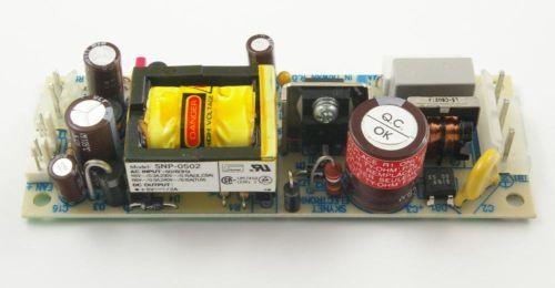 gestabiliseerde 5 volt voeding op pcb